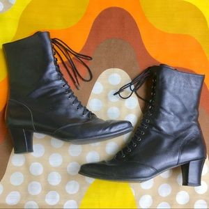 Vintage Victorian lace up granny roper boots 9N